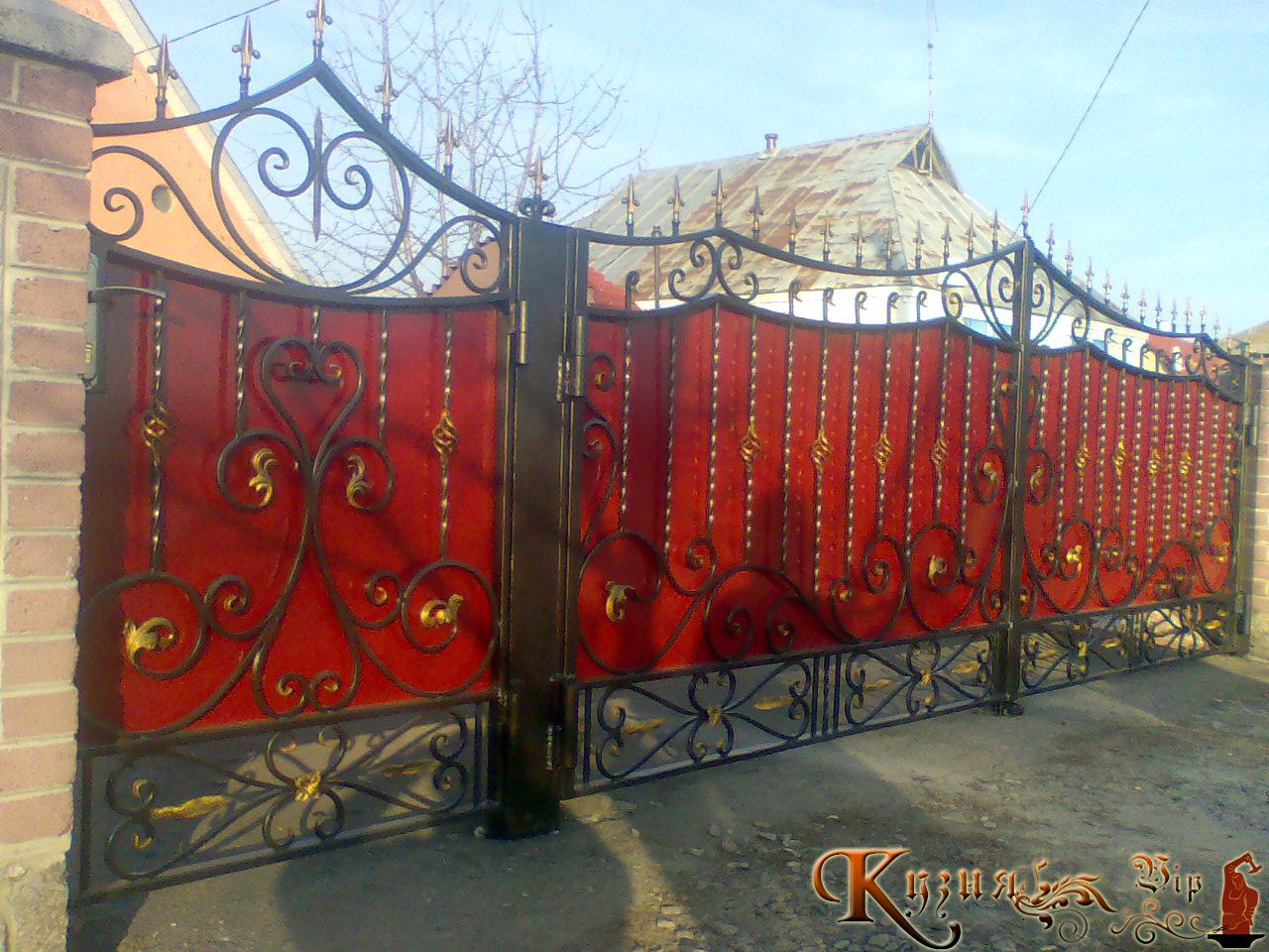 Ворота своими руками кованные 128